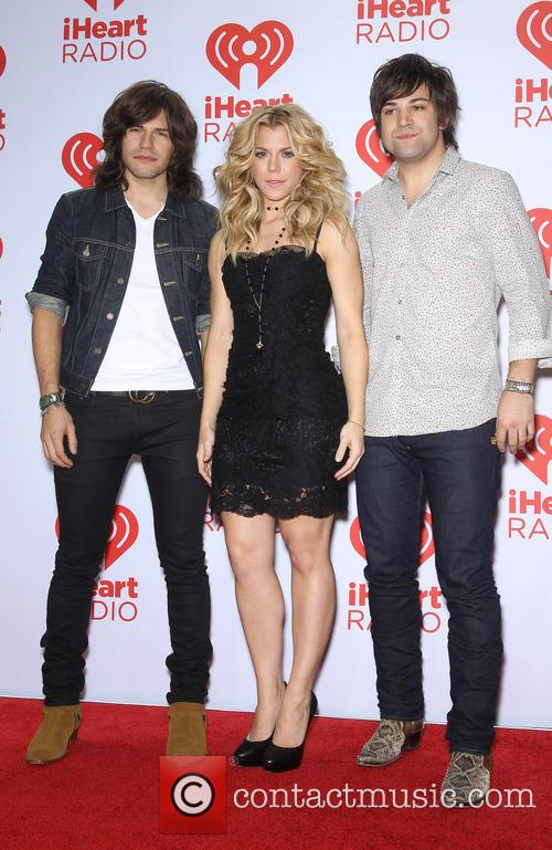 the band perry iheartradio music festival 3877173