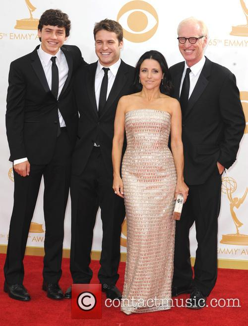 Julia Louis-dreyfus, Henry Hall, Charles Hall and Brad Hall 4