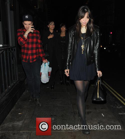 Daisy Lowe and Pearl Lowe 1