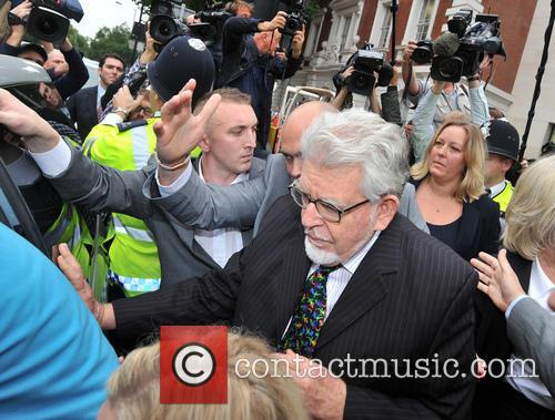 rolf harris rolf harris leaves westminster magistrates 3878165