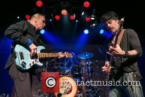 Bill Sheehan and Richie Kotzen 11