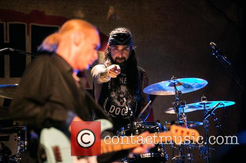 The Winery Dogs In and Concert 1