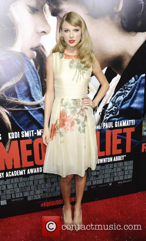 Taylor Swift at the 'Romeo and Juliet' premiere