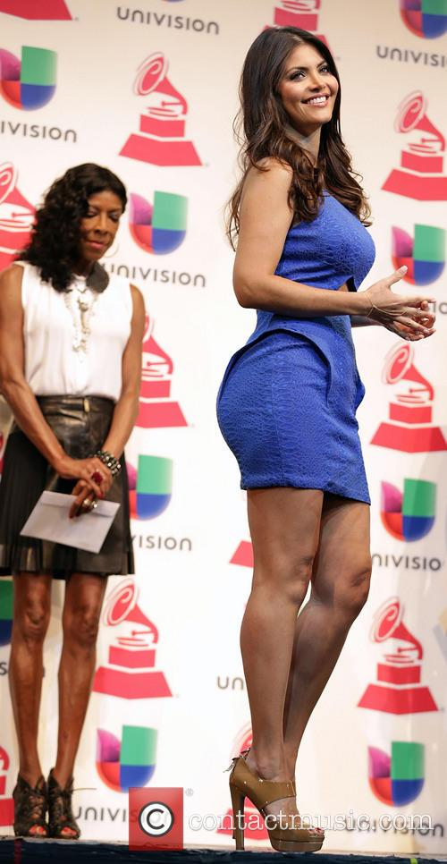 Natalie Cole and Chiqui Delgado 9