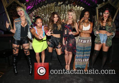 Brooke Adams, Nori Juliano, Vanessa Hudgens, Laura New, Dominique Domingo and Jamie Ruiz 5