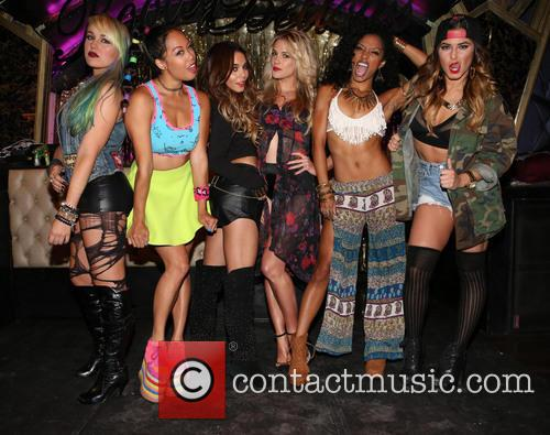 Brooke Adams, Nori Juliano, Vanessa Hudgens, Laura New, Dominique Domingo and Jamie Ruiz 8