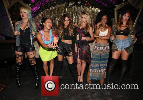 Brooke Adams, Nori Juliano, Vanessa Hudgens, Laura New, Dominique Domingo and Jamie Ruiz 10