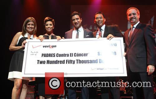 Mario Lopez, Eva Longoria and Verizon Sponsors 11