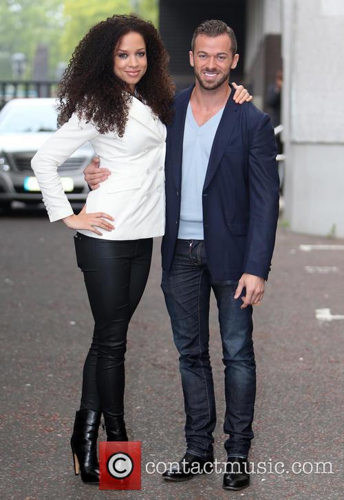 Natalie Gumede and Artem Chigvintsev 6
