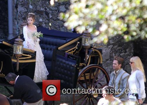 Anna Kendrick and Chris Pine 1