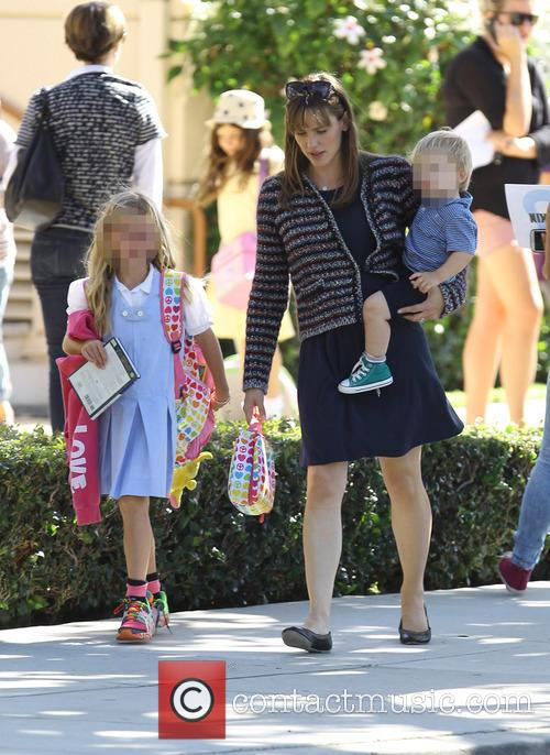 Jennifer Garner, Samuel Affleck and Violet Affleck 6