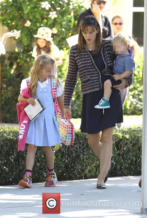 Jennifer Garner, Samuel Affleck and Violet Affleck 11