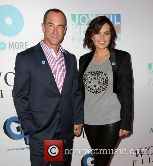 Chris Meloni and Mariska Hargitay 9