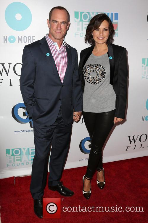 Chris Meloni and Mariska Hargitay 11