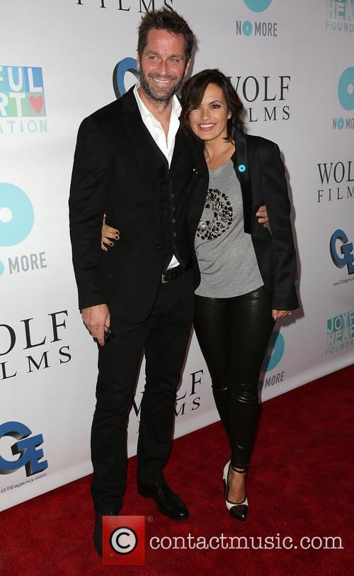 Peter Hermann and Mariska Hargitay 5
