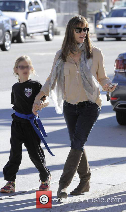 Jennifer Garner and Violet Affleck 4