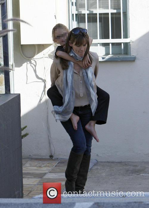 Jennifer Garner and Violet Affleck 18
