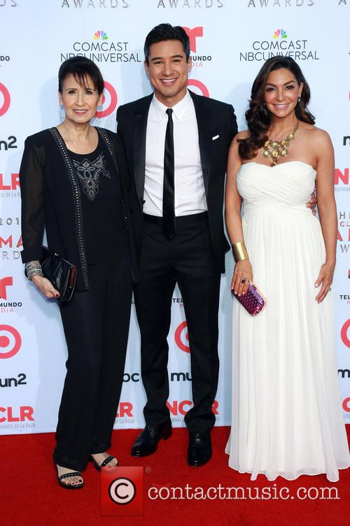 Elvia Lopez, Mario Lopez and Courtney Lopez 4