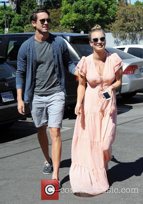 Kaley Cuoco and Ryan Sweeting 39