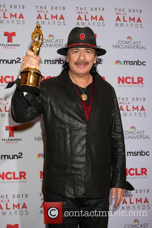 carlos santana 2013 alma awards press room 3884447