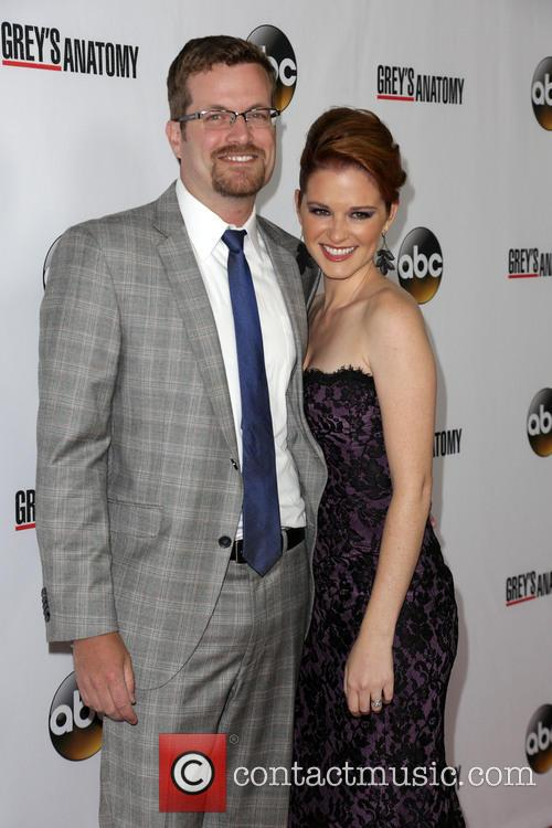 Peter Lanfer, Sarah Drew, The Colony