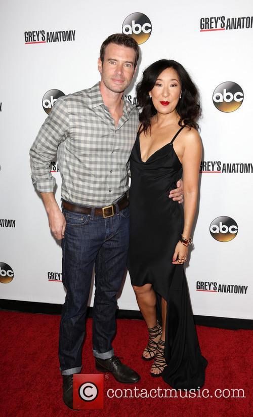 Scott Foley and Sandra Oh 7