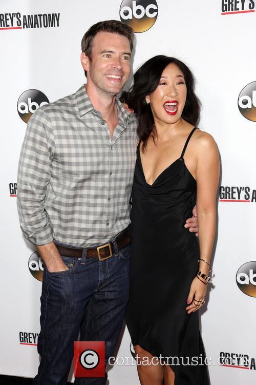 Scott Foley and Sandra Oh 9