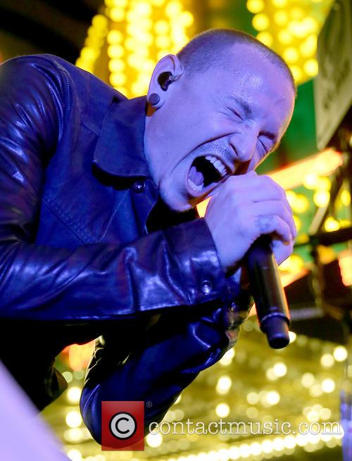 chester bennington stone temple pilots with chester 3884201