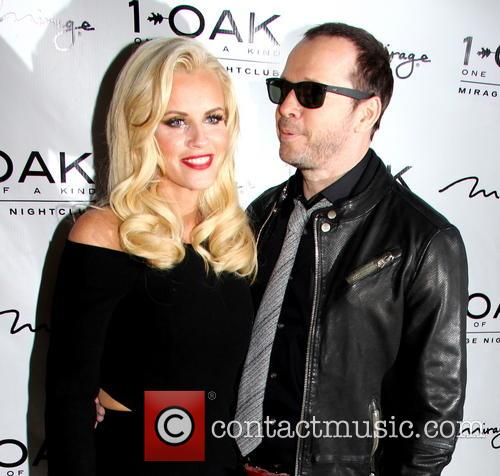 Jenny Mccarthy and Donnie Wahlberg host a night...
