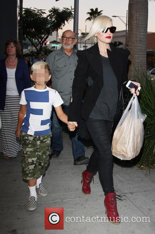 Gwen Stefani and Kingston Rossdale 25