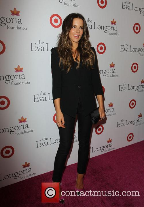 kate beckinsale eva longoria foundation dinner sponsored 3884957