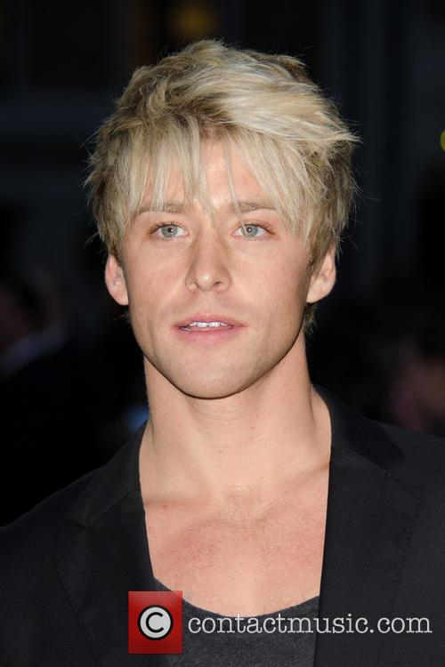 Mitch Hewer 5