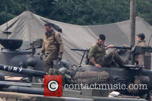 Fury Film Set Brad Pitt