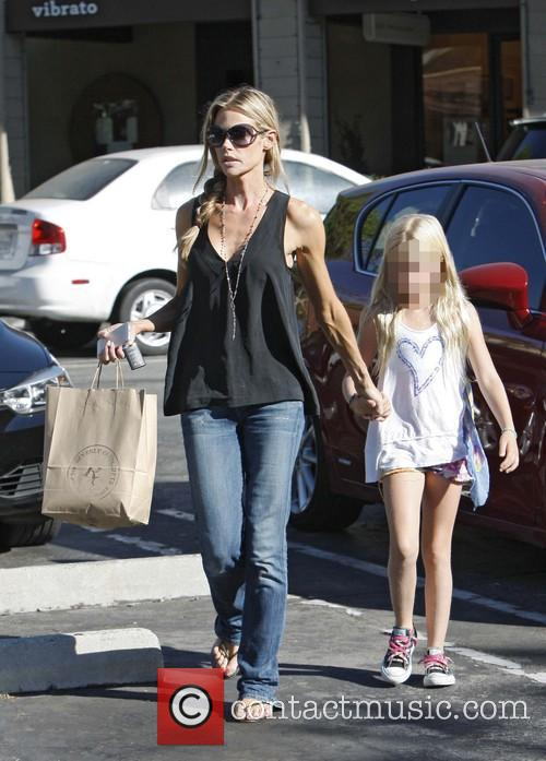 Denise Richards and Lola Rose Sheen 5