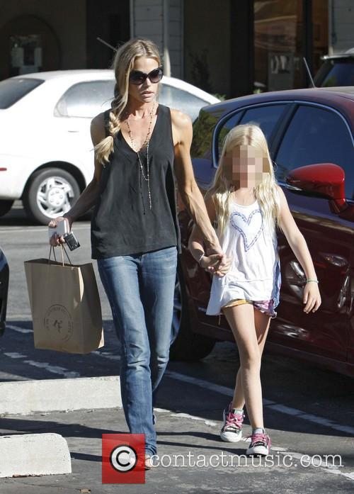 Denise Richards and Lola Rose Sheen 6