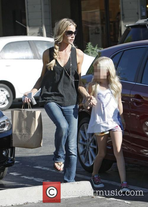 Denise Richards and Lola Rose Sheen 8
