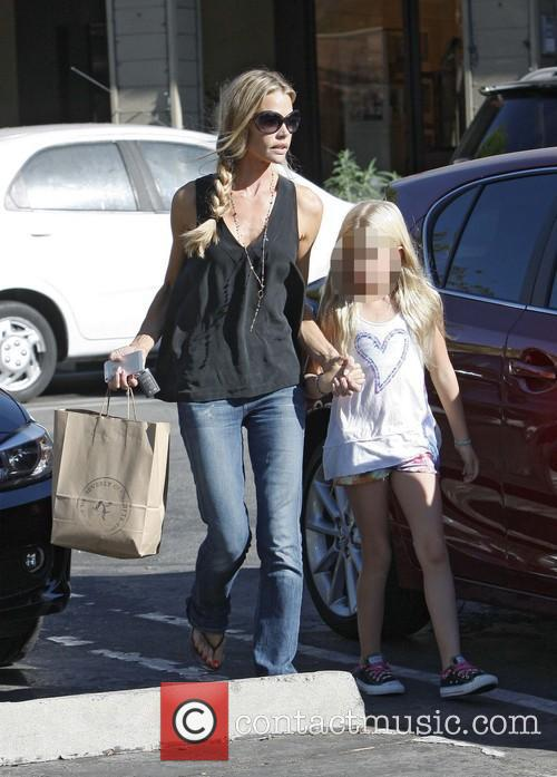 Denise Richards and Lola Rose Sheen 11