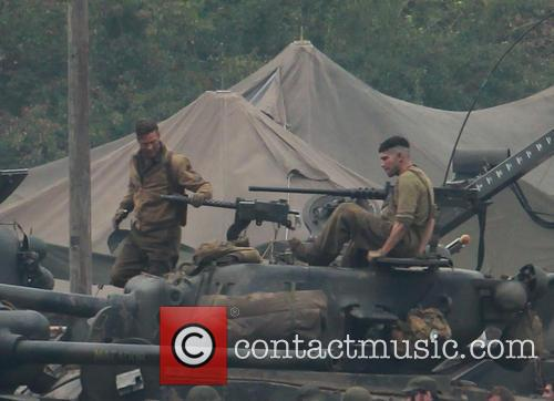 brad pitt fury film set 3887599