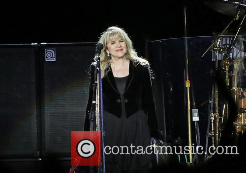 stevie nicks fleetwood mac performing in concert 3887794
