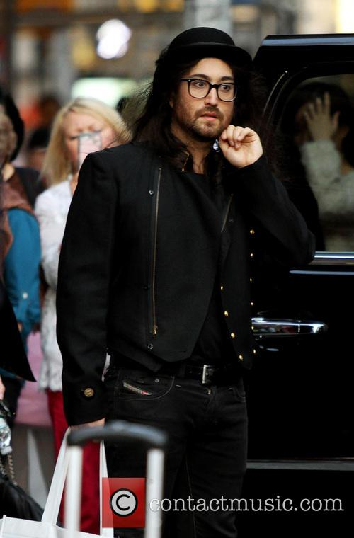 Sean Lennon 7