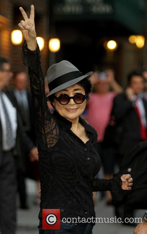 yoko ono late show with david letterman 3889194