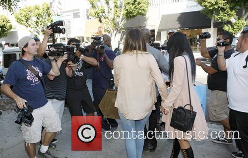 Khloe Kardashian and Kylie Jenner 7