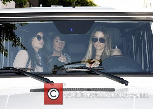 Khloe Kardashian and Kylie Jenner 1