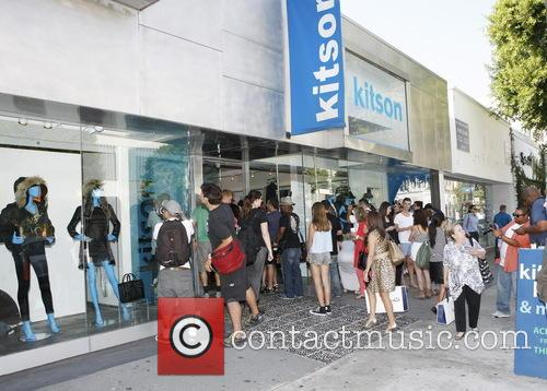 Kardashians Shopping At Kitson