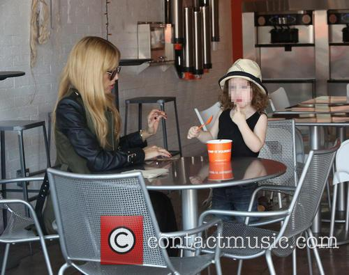 Rachel Zoe goes to Yogurt Stop