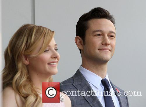 Chloe Grace Moretz and Joseph Gordon-levitt 4