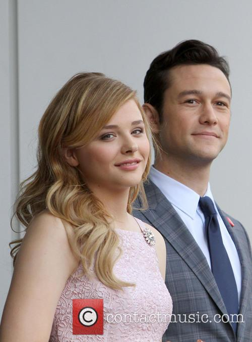 Chloe Grace Moretz and Joseph Gordon-levitt 5