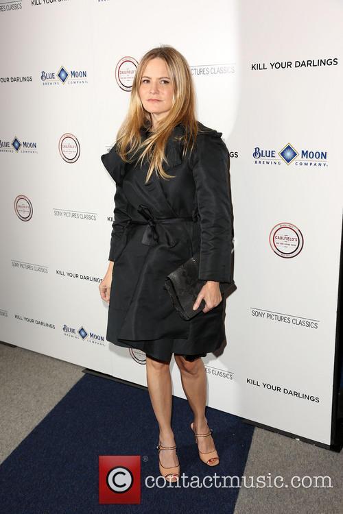 Jennifer Jason Leigh 6
