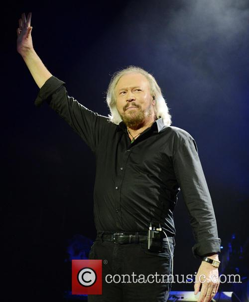 barry gibb barry gibb performs live 3891391