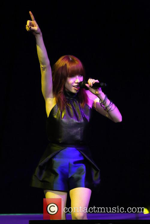 Carly Rae Jepsen 40